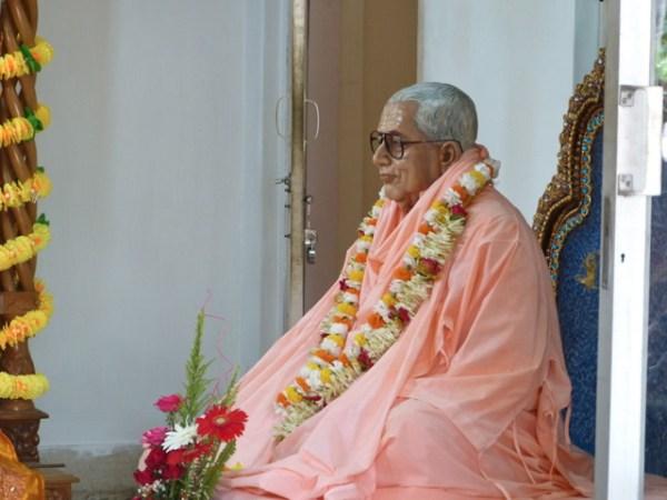 Srila Gurudev Appears in Siliguri | Sri Gaudiya Darshan