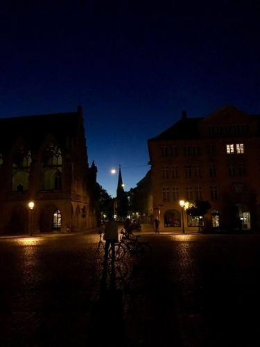 Night-walking tour