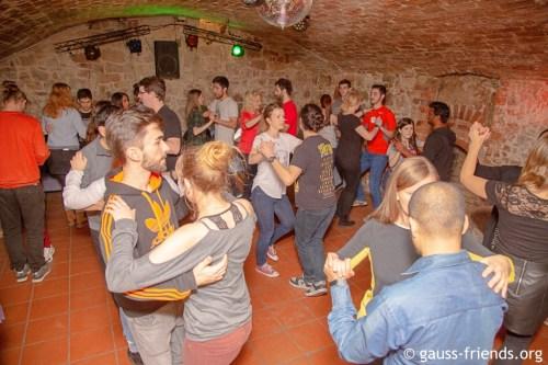 International dance course (Advanced)