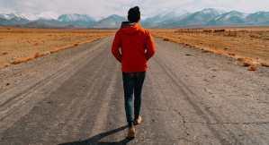 האם הליכה מצמצמת את נזקי הישיבה