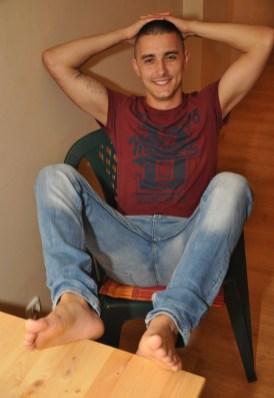 arab feet 00011