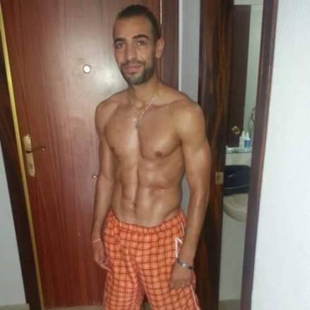arabe-muscle-torse-nuogfxomcJe91vp591eo1_500