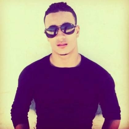 jeune algerien nu 00001