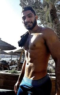 pectoraux-homme-arabe-p93dvy9Clq1vcoigmo1_1280