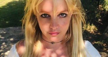 Britney Spears lascia Instagram per amore, ecco tutti gli ultimi retroscena social