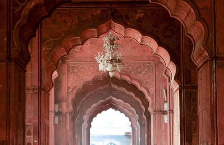 Exploring New Delhi with Gaya Travellers