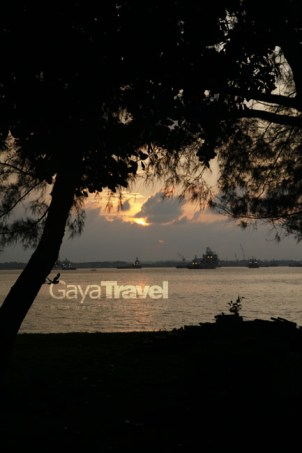 sunset view from papan island
