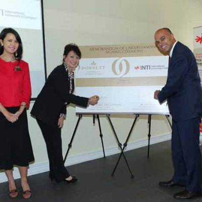 Frm Left : Nadia Monira, Asst Secretary of Industry Development Division, Ministry of Tourism and Culture Malaysia witnessing the MoU signing between Datin Jasmine Abdullah, Vice Chairman of Dorsett Hospitality International and Amit Sevak, Chief Executive Officer Laureate Education, Malaysia, Indonesia & Singapore.