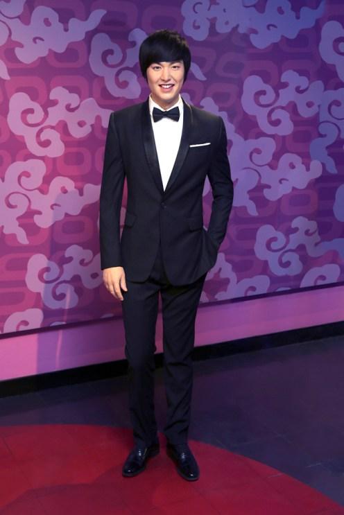 Lee Minho in black suit