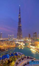Dubai Burj Khalifa at Night