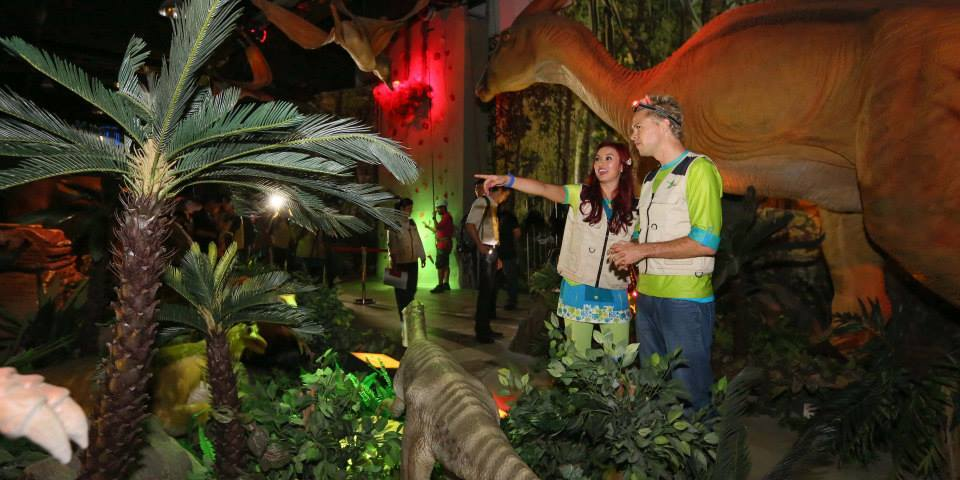 Have a Roar-some Time at Dinoscovery by Dinosaurs Live!