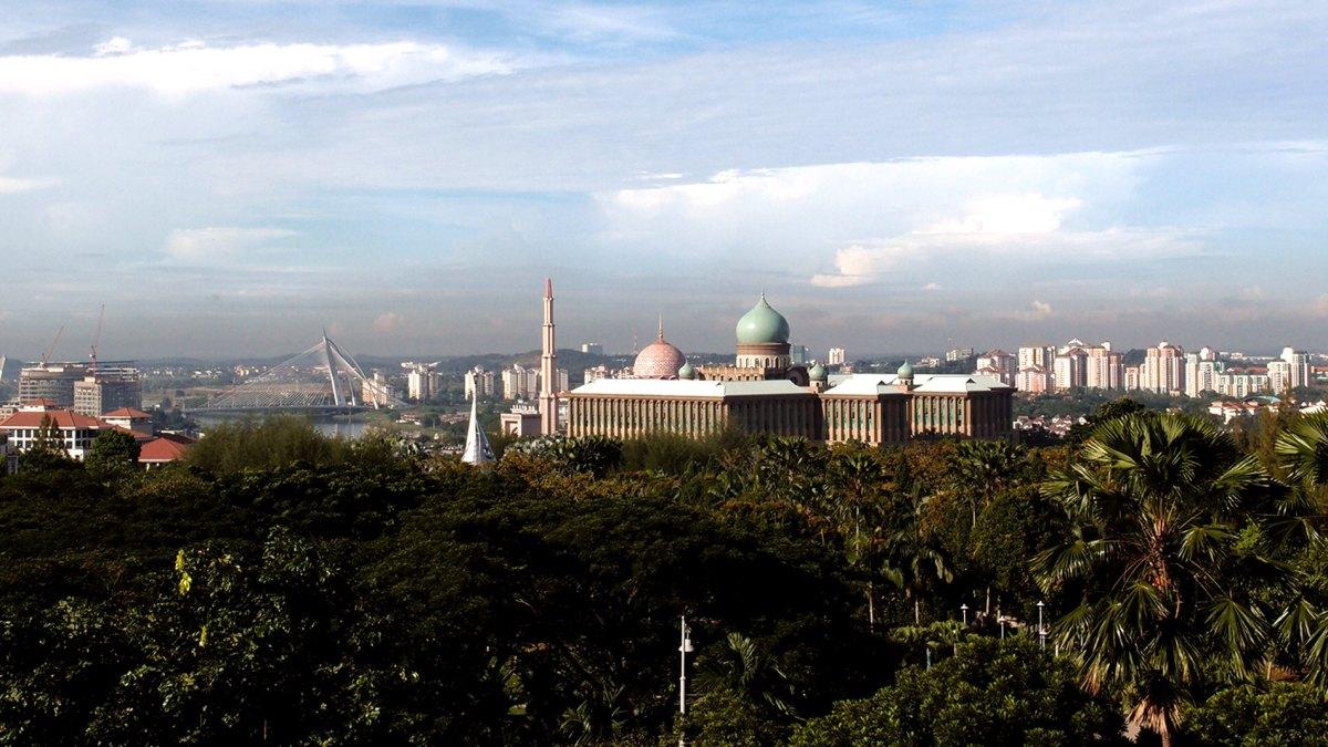 Escape to Putrajaya