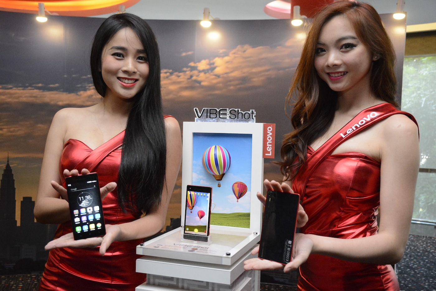 Lenovo Vibe Shot The First Camera Smartphone Crossover Device Grey Models Showcasing During Media Event