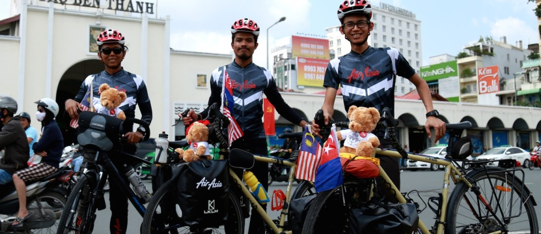 AirAsia Supports the Dreams of Three Young Cyclists on Their Journey to Homeland