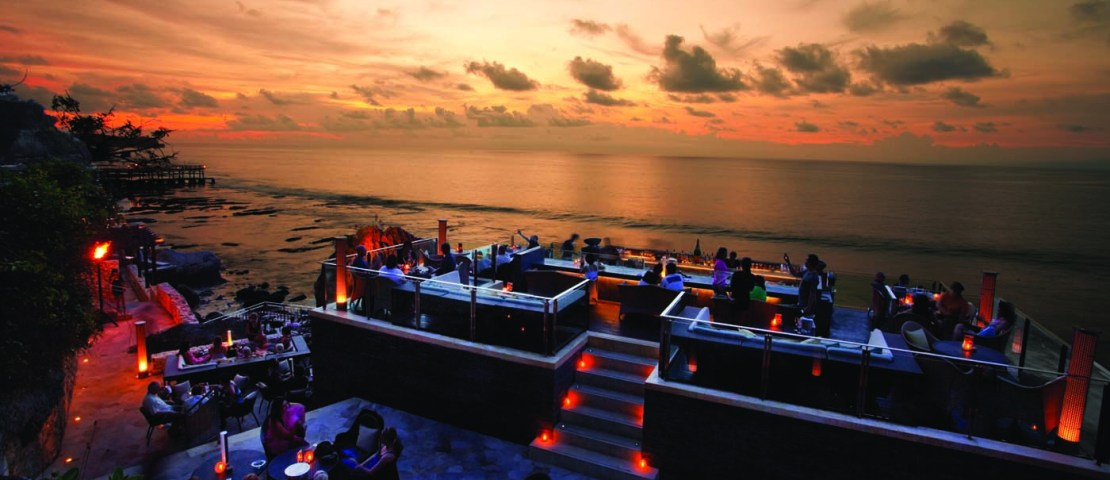 Rock Bar: Magical Sunset on the Rocks