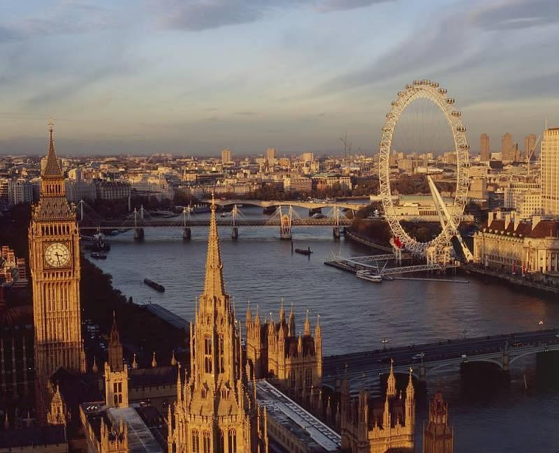 London Eye by Visit Britain
