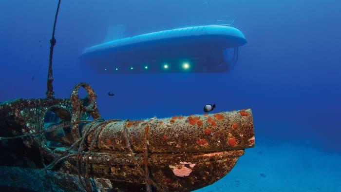 Underwater Submarine Adventure