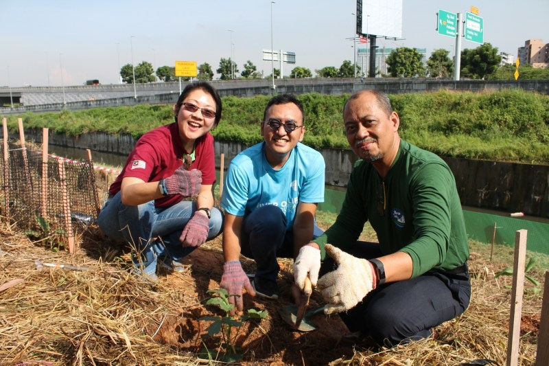 Starbucks Malaysia Brings Individuals Together Through  'GREEN OUTREACH PROGRAM'