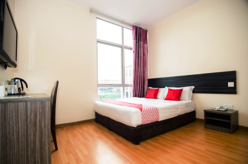 I Boutique - Deluxe Double Room