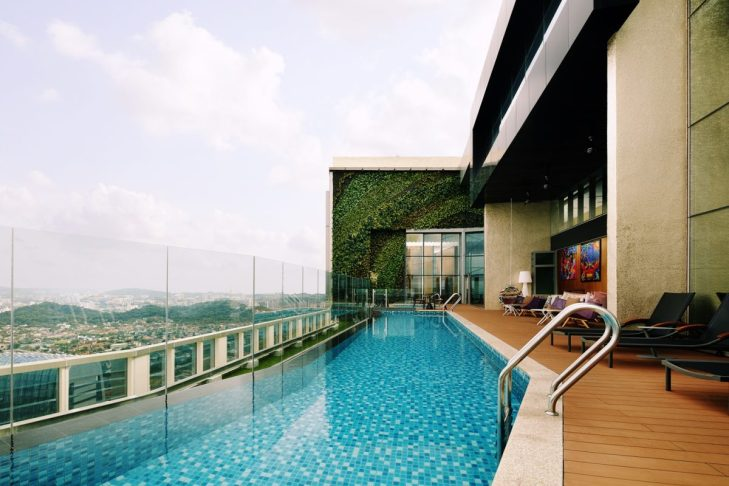 Soak in the swimming pool with gorgeous panoramic view of Klang Valley.