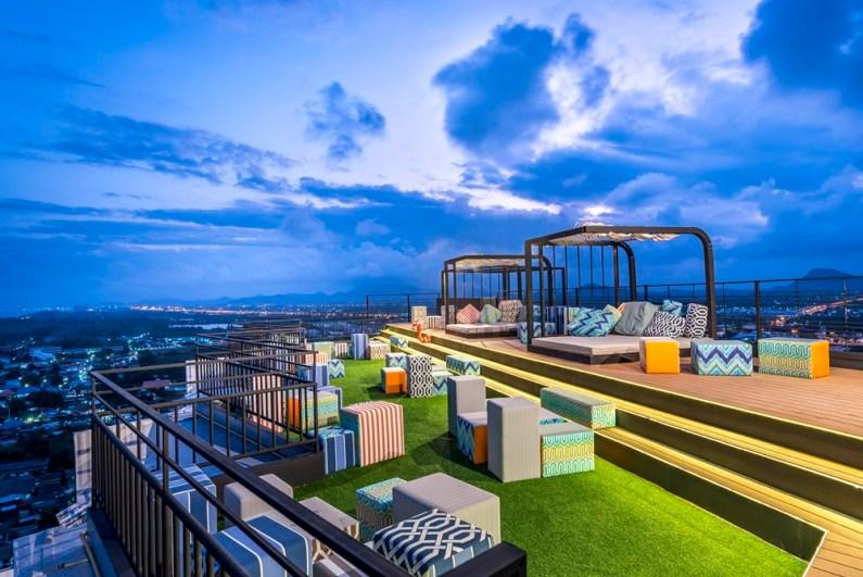 Gravity Sky Bar at Novotel Hua Hin
