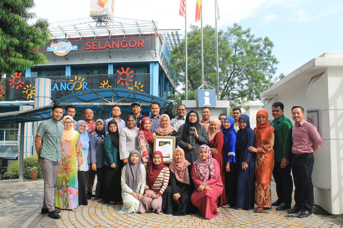 Selangor wins 'Destination of the Year' at the Malaysia Tourism Council (MTC) Gold Awards 2018