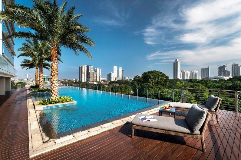 The pool at Oakwood Suites La Maison Jakarta
