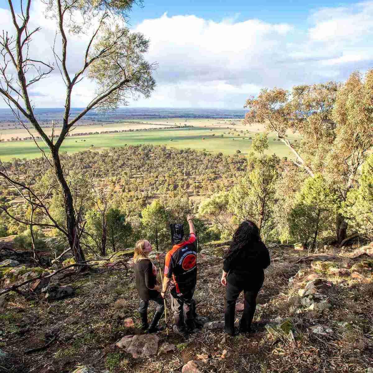Bundyi Aboriginal Cultural Tours, Wagga Wagga