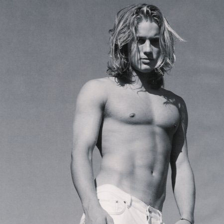 Travis Fimmel - Shirtless
