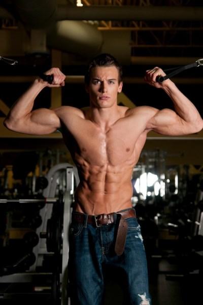 Muscled Fitness Model Marc Fitt (2)