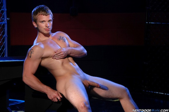 Solo Fun With Muscle Boy James Huntsman (9)