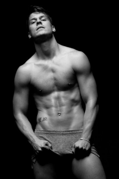 Model And Dancer Jason Beitel (1)
