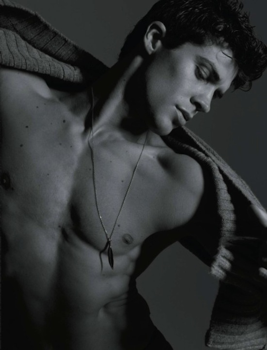Roberto Bolle - Sexy And Arty Photography By Milan Vukmirovic (8)