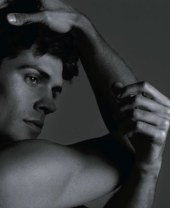Roberto Bolle - Sexy And Arty Photography By Milan Vukmirovic (3)