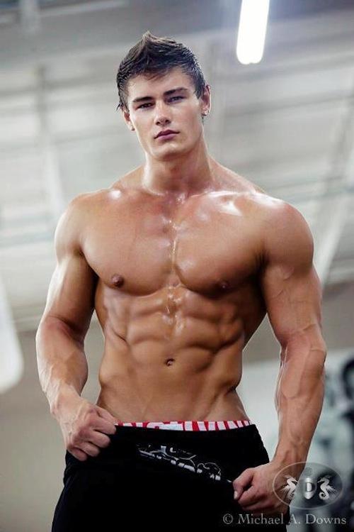 Bodybuilding Male Model Rodney Crewman (3)