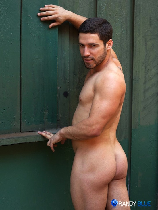 Jerking It With Butch Hunk Matt Castro (4)