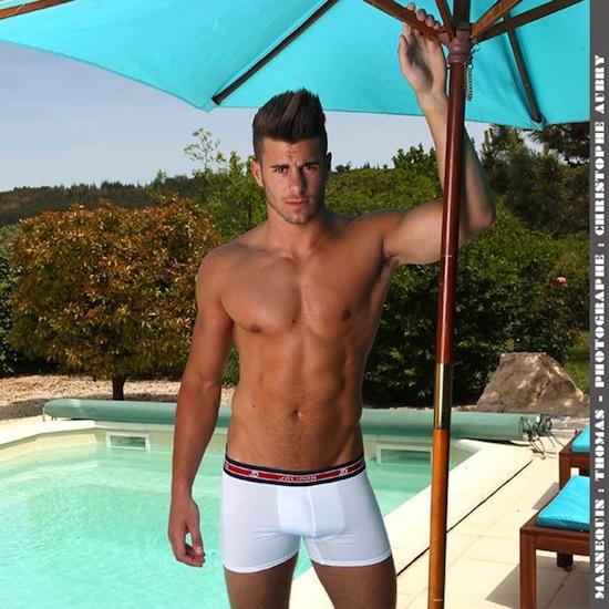 Thomas - Buff Hunk In Underwear (8)