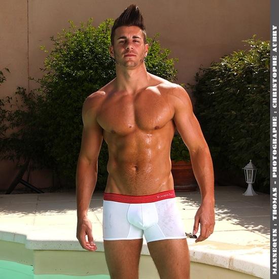 Thomas - Buff Hunk In Underwear (4)