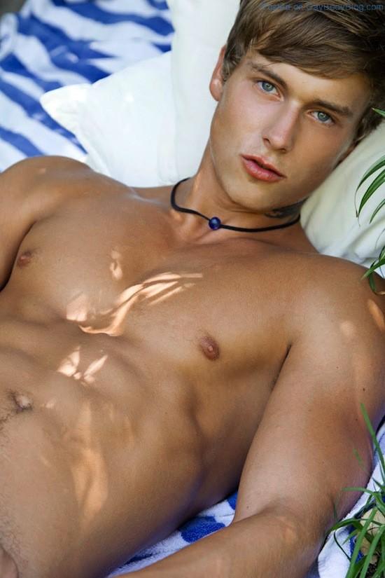Beautiful Gay Muscle Porn - Beautiful Boys In The Sun (1)