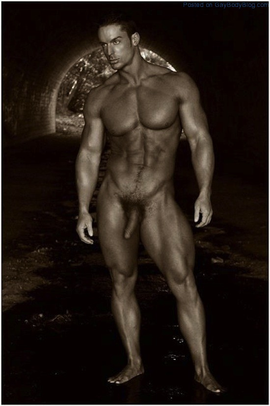 ... Naked | Gay body blog - featuring photos of male models and beautiful