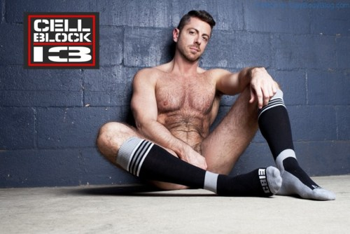 Hot Naked Hunk Brayden Forrester For CellBlock 13 (6)