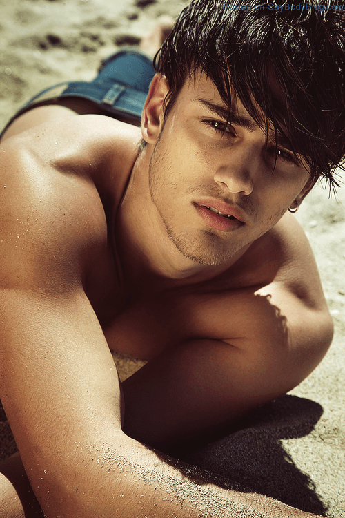 Beautiful Twinky Model Sergio Carvajal (1)
