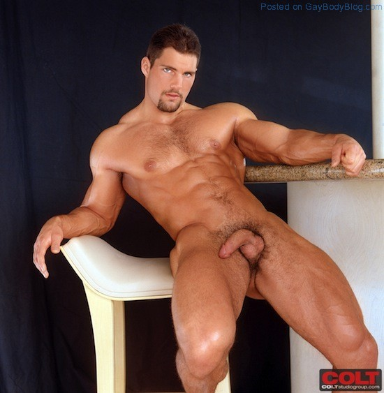 Muscle Man Franco Corelli Naked (3)