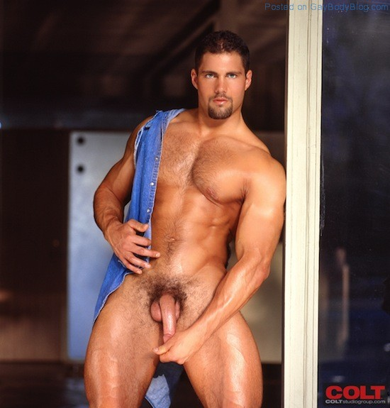 Muscle Man Franco Corelli Naked (4)