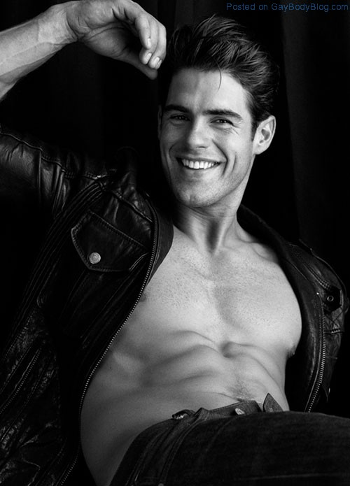 Buff Hottie Chad White By Greg Vaughan (6)