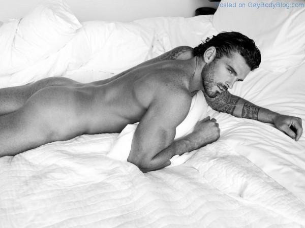Gorgeous Stuart Reardon 5