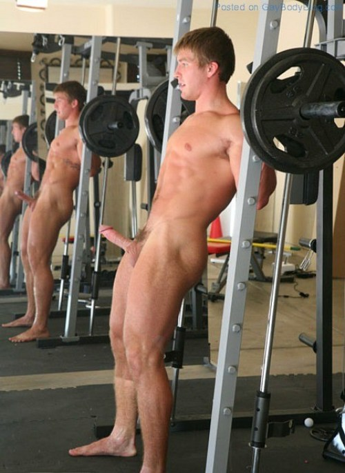 nude-male-exercise