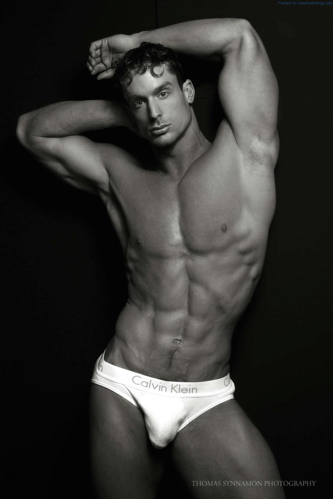 white-male-models-naked