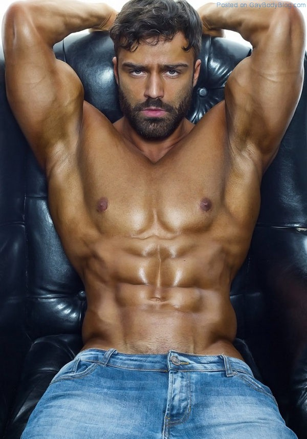 Alex Krupnov Is One For All The Real Muscle Lovers 7