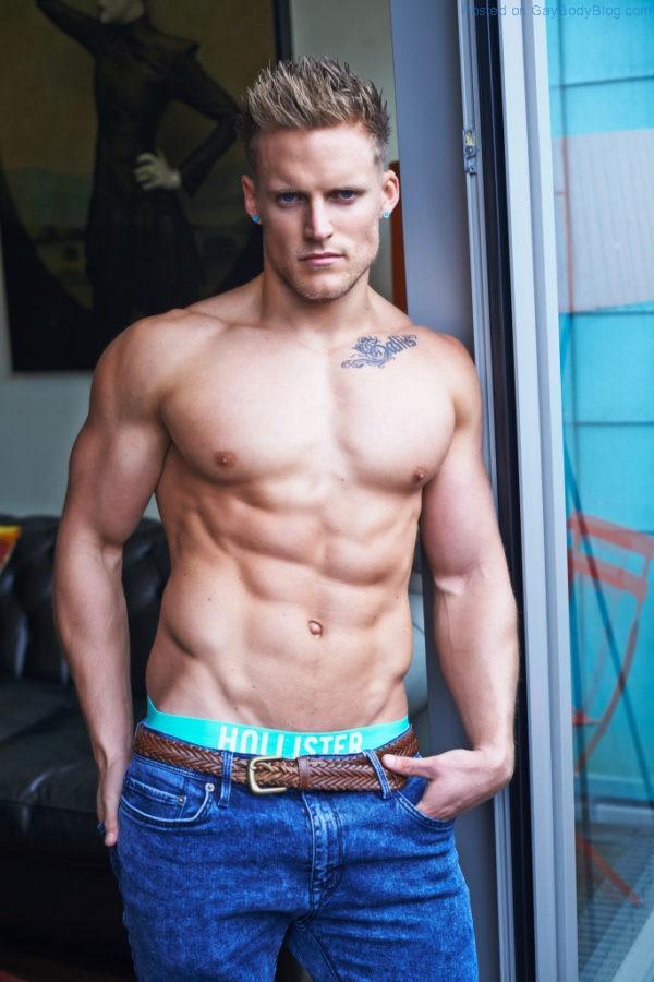 Matt Sallis Looking Buff And Sexy 2